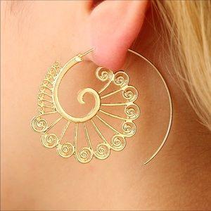 Jewelry - Fan Hoopes